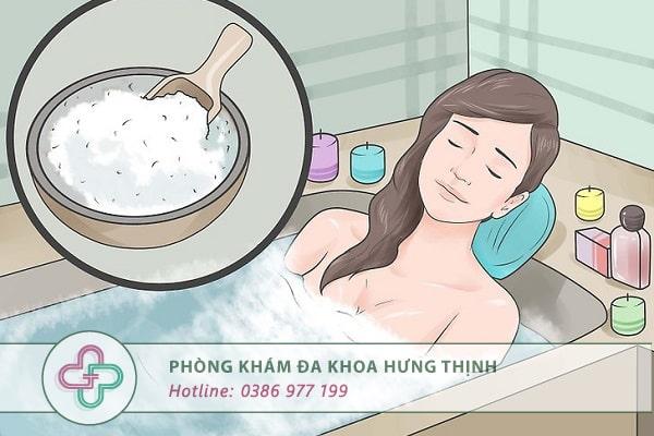 điều trị mụn rộp sinh dục nữ